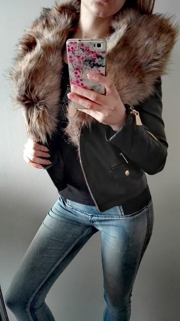 0ce51491dfad Krátka kožená bunda s kožušinou – Sissy Boutique