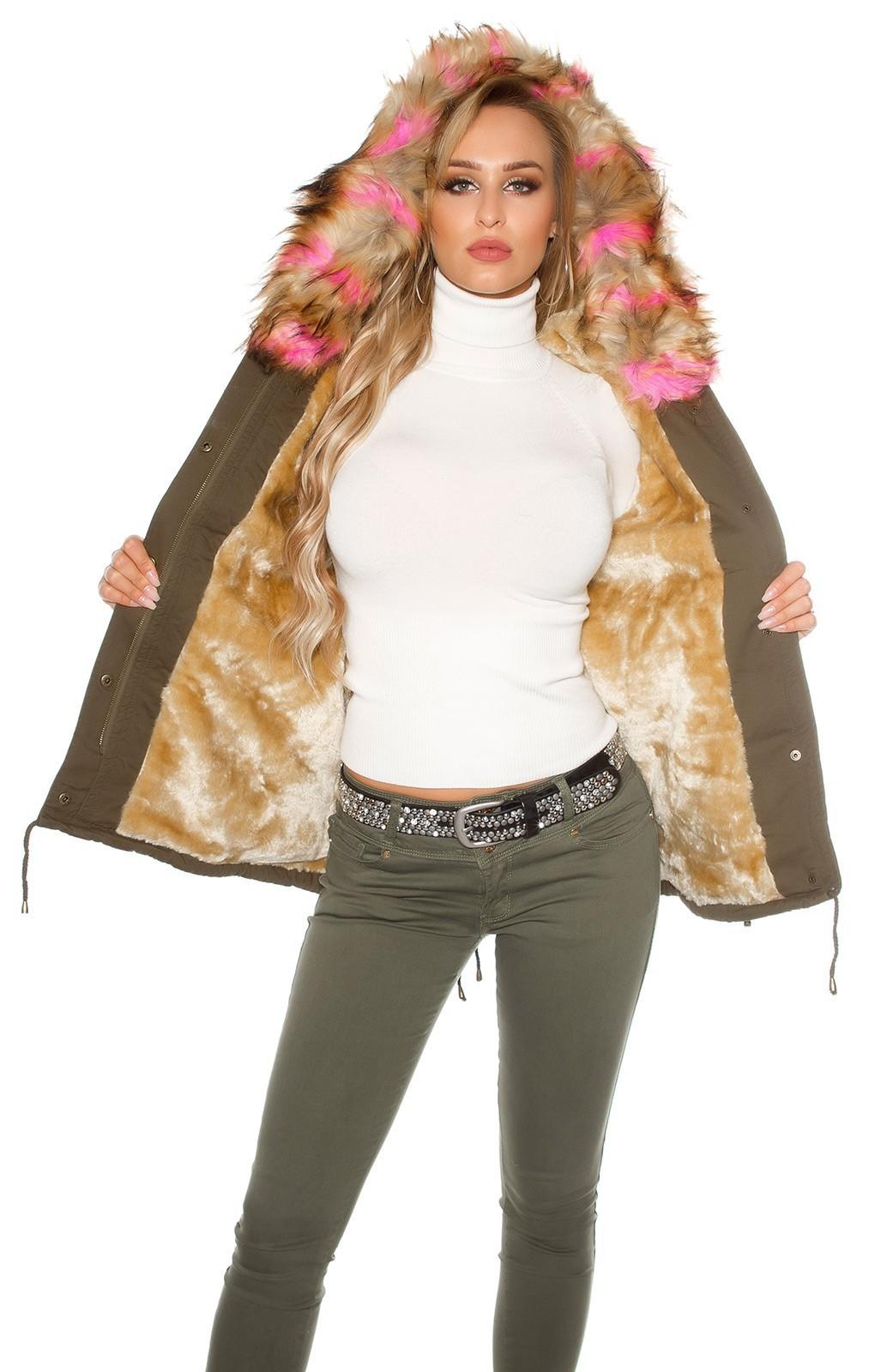 Zimná bunda s hustou kožušinou. 65.00 €. Výber možnostíQuick View be914c1ae3a