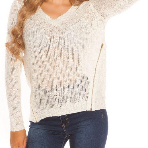biely sveter