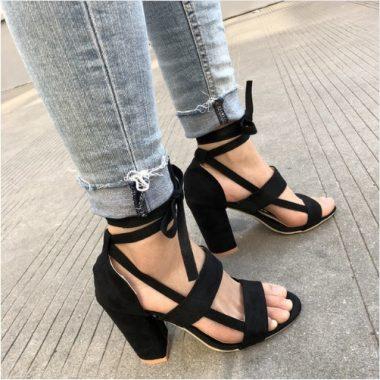 Sandale na hrubom podpatku