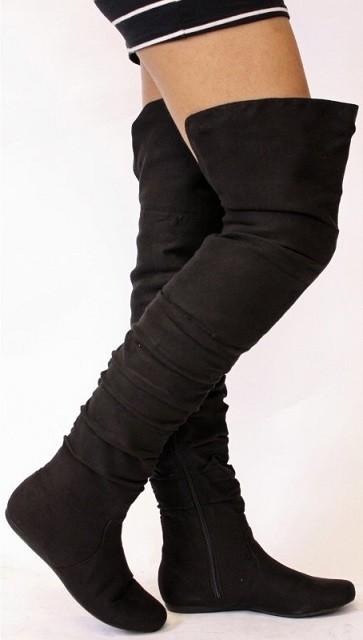 Semisove cizmy nad kolena na nizkom podpatku