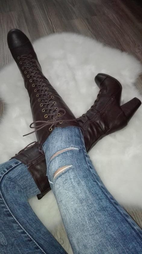 Hnede cizmy na hrubom podpatku