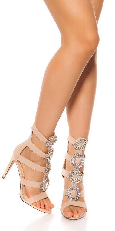 Bezove sandale na podpatku so zdobenim