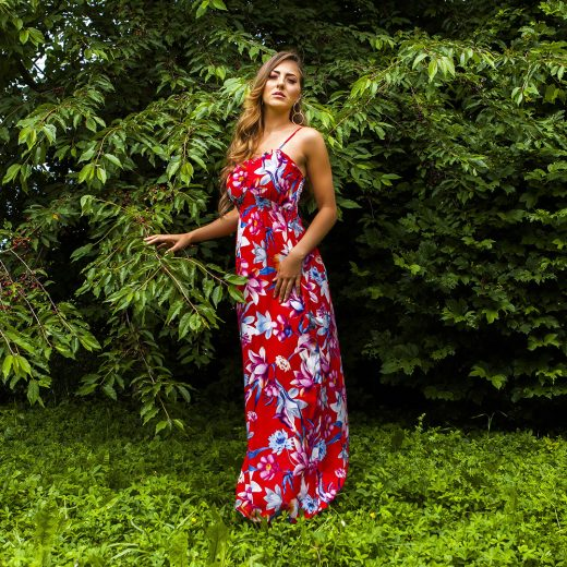 Cervene dlhe kvetovane saty
