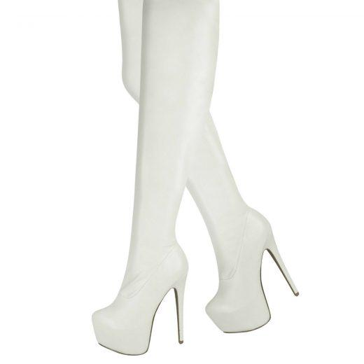 Biele cizmy nad kolena
