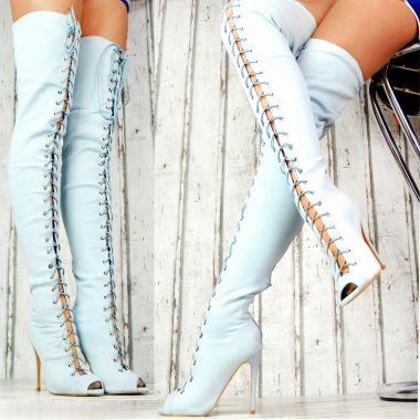 Riflove cizmy nad kolena s otvorenou spickou a snurovackou